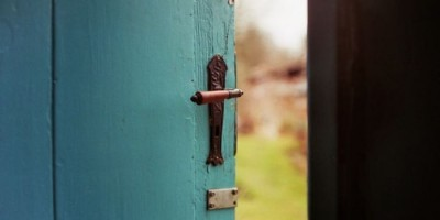 Perbuatan Buruk Membuka Pintu Keburukan Yang Lain