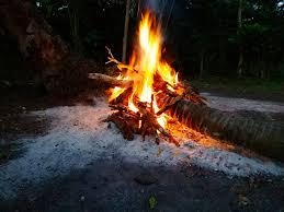 bahaya sombong dan hasad seperti api